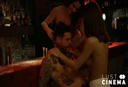 Hipster Has A Threesome With Two Bar Chicks