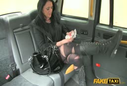 Escort Fucks Cab Driver For Ride Fee